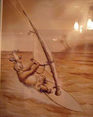 ウィンドサーフィンするヘンリー