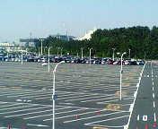 意外に駐車場は混んでない?