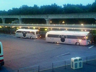 新旧シャトルバス比較