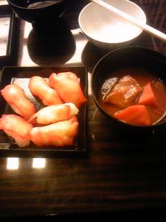 ビーフシチューと鯨ベーコンの握り寿司