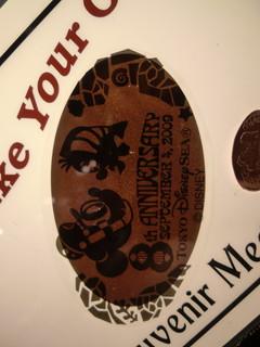 スーベニアメダルは東京ディズニーシー8周年デザイン