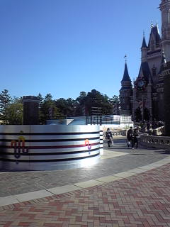 シンデレラ城前ステージ