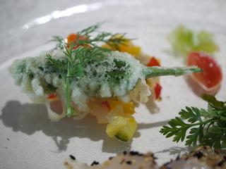 マグロのタルタル詰めシシトウのフリッター チリマヨネーズ