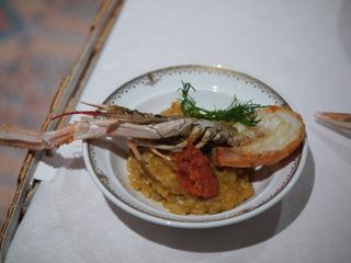 スカンピのポワレとイタリア産ポルチーニ茸のリゾット トリュフオイルの香り