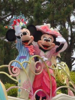 ミッキーとミニー