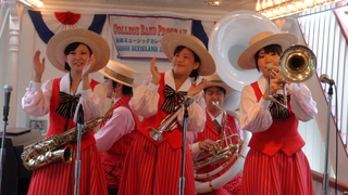 SHOBI DIXIELAND JAZZ BAND