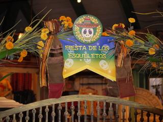 FIESTA DE LOS ESQUELETOS
