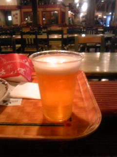 ユカタン・ベースキャンプグリルの生ビール