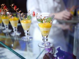 マンゴーのカラメリゼとレモンクリーム