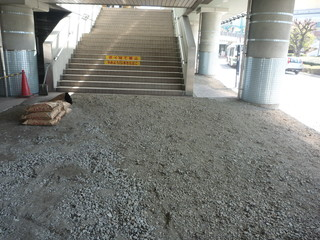 JR舞浜駅前ロータリー