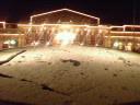 エントランスに残る雪