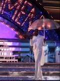 傘さして、テリーくん登場
