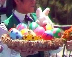 ウサギとイースターエッグ